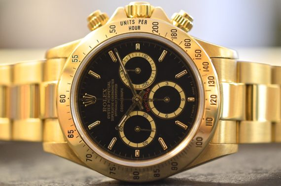 Rolex Daytona ref. 16528 R Floating in Oro Giallo 18k111