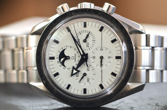 Omega Speedmaster Broad Arrow Fasi Luna in Acciaio Completo2
